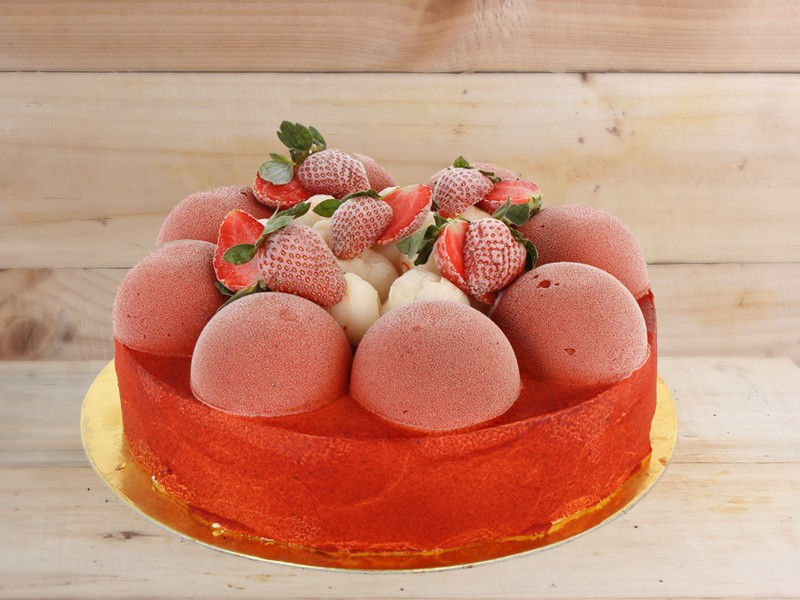 Strawberry Lychee Ice Cake - Igor's Pastry products