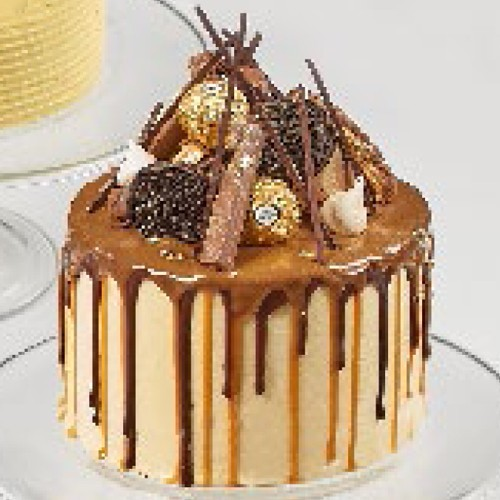 Salted Caramel Cake - Igor's Pastry & Cafe | The Best Fine Pastry in Surabaya products