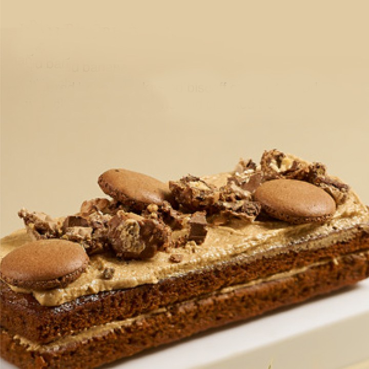 Banana Biscoff Cake - Igor's Pastry & Cafe | The Best Fine Pastry in Surabaya products